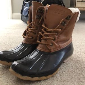 Woman's Sperry Boots
